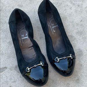 AGL Black 'Snaffle' Black Shimmer Pump Heel 39/9